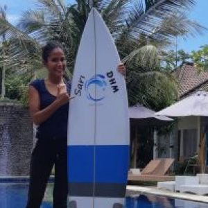 Join her DHM Surf Camp Kuta Lombok