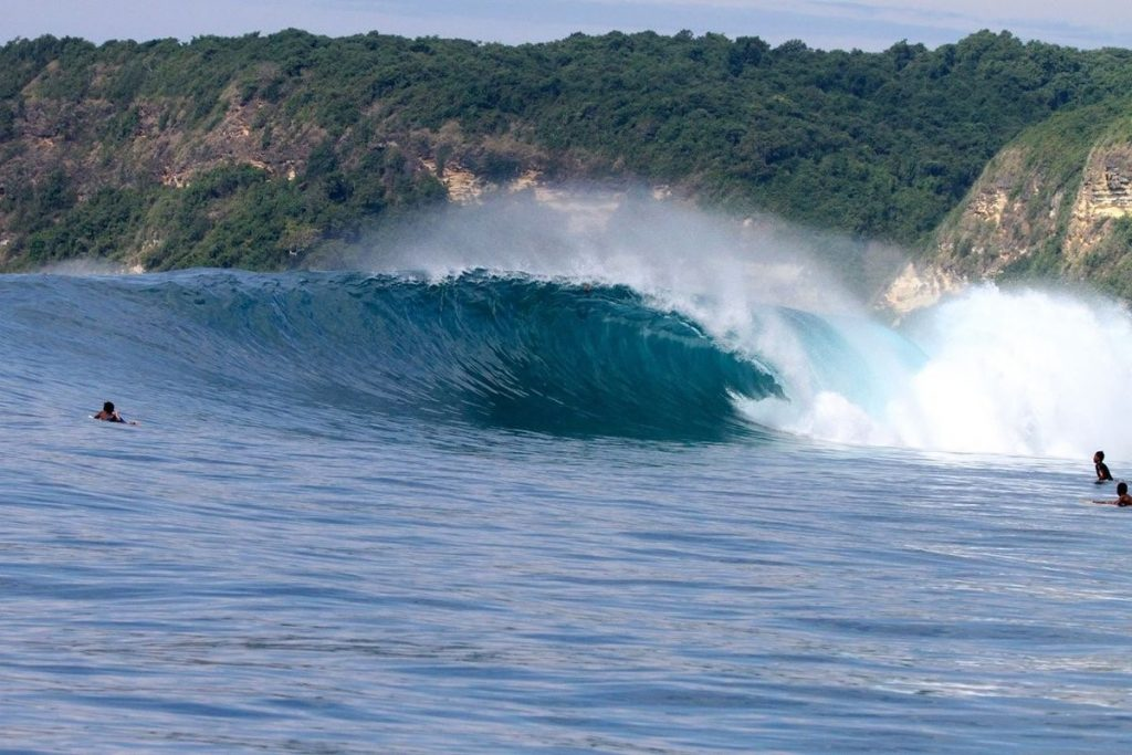 """Air Guling Surf Spots"" in Lombok"